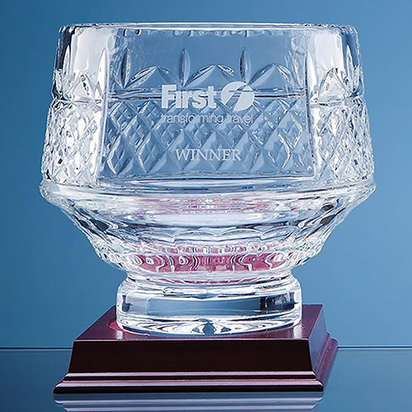 18cm Lead Crystal Heeled Bowl L339