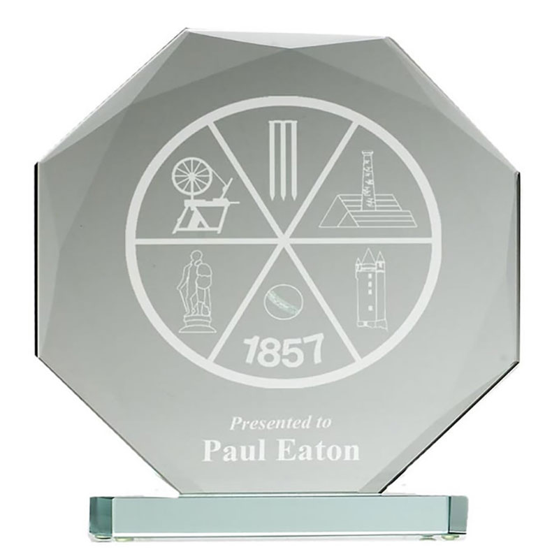 5 3/4in Jade Glass Diamond Edge Award