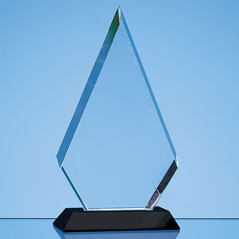 20.5cm Optical Crystal Peaked Plaque on Onyx Base