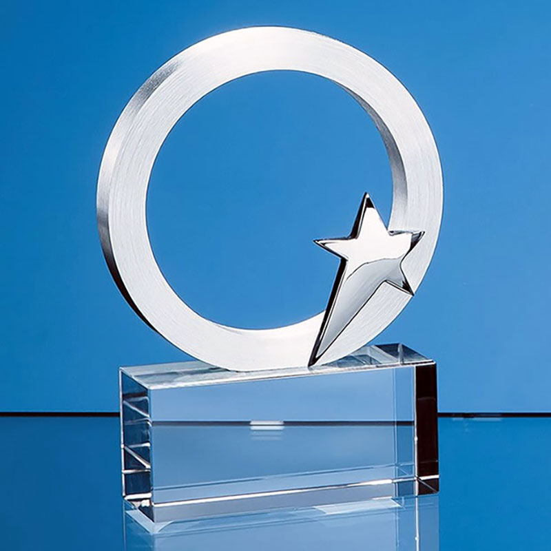 9cm Silver Star & Circle on Optical Crystal Base
