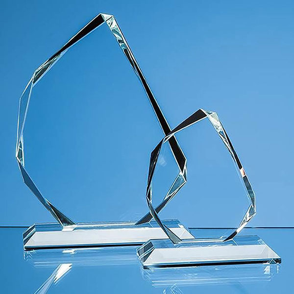 6in Facetted Summit Award in 15mm Clear Glass